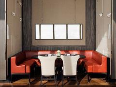 2003928 restaurant diningroom