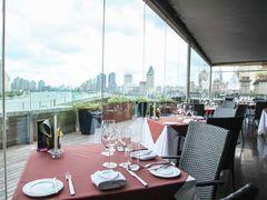 2005160 restaurant roosevelt sky restaurant