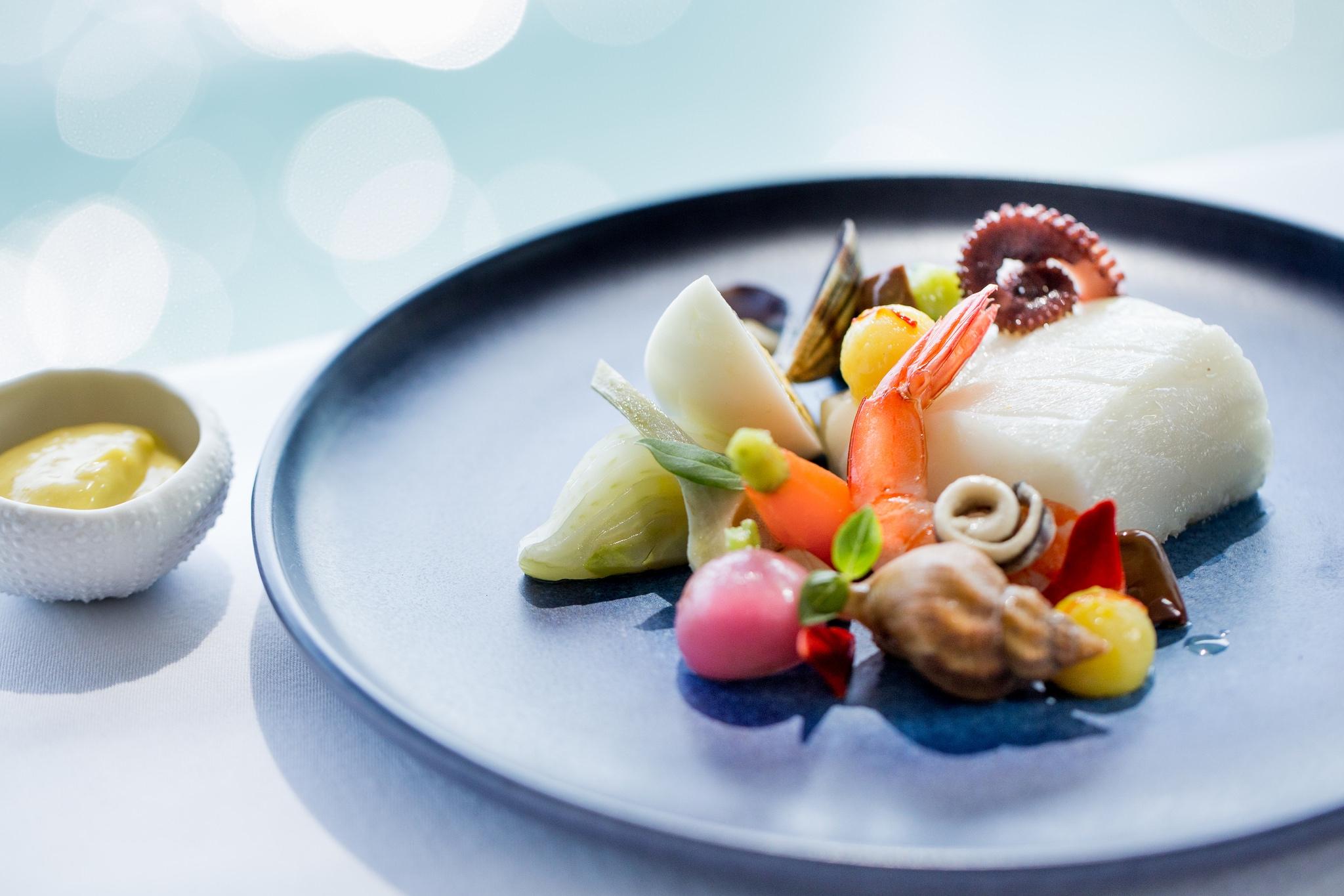2008678 restaurant rech by alain ducasse