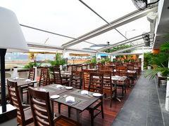 55353 restaurant quayside