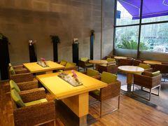 62056 restaurant naam thai