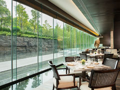 69890 oceans at banyan tree shanghai
